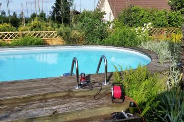 Pool deck renens before 2014