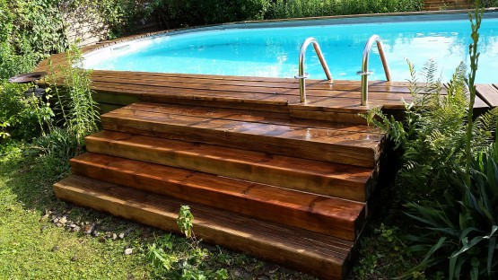 Pool Wooden Deck Renens Vaud